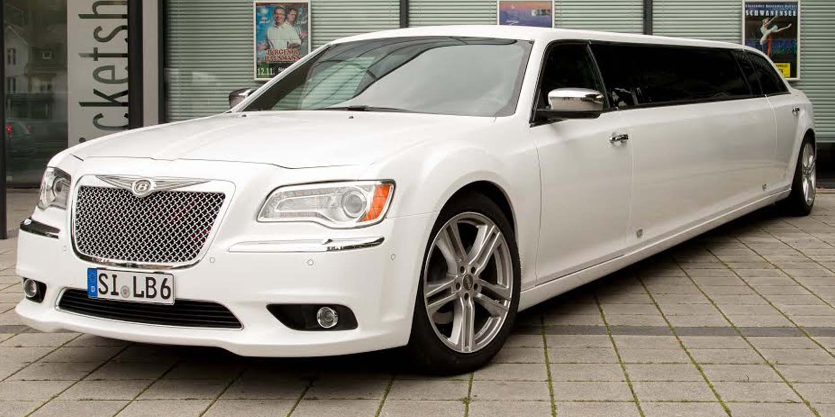 Chrysler 300C Stretchlimousine in Perlmutt